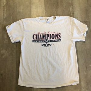 New York Yankees 2000 World Series champ shirt